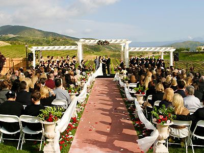 Leonesse Cellars A Temecula Winery Wedding Location And Reception Venue Brought To You By Here Comes The Guide Californias Best Website