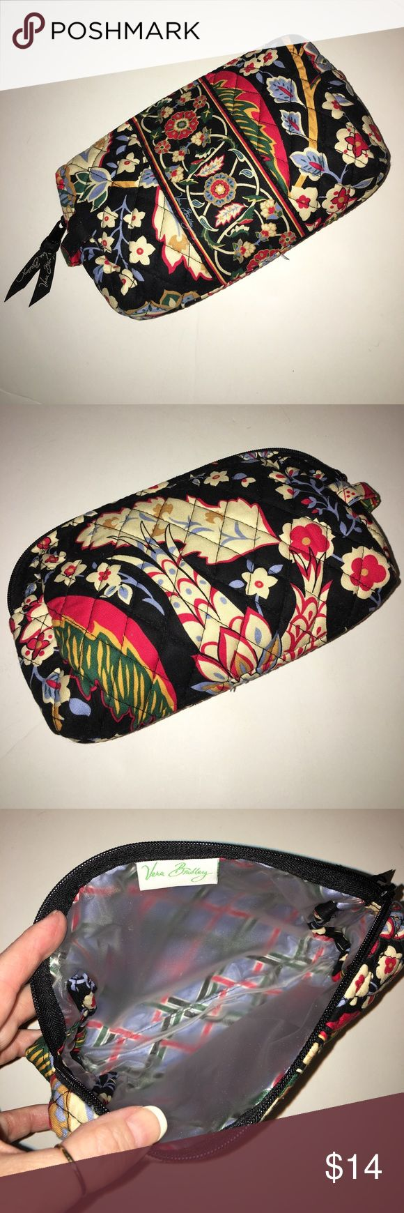 Saturday SaleVera Bradley Make-Up Bag New Never Used  Vera Bradley Bags Travel Bags