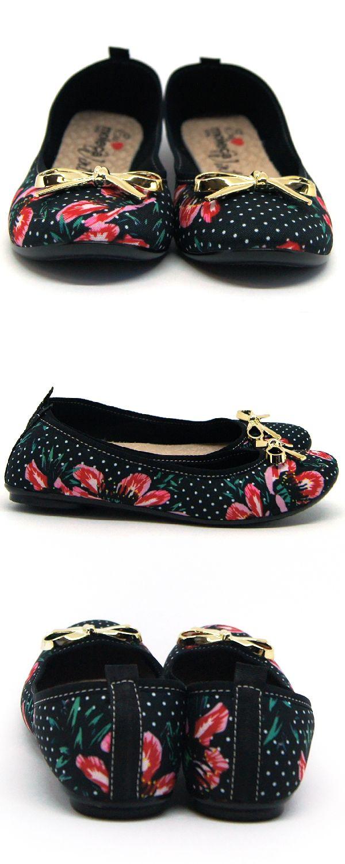 190321a97b Sapatilha Feminina Moleca Poa Jasmim Bolinhas Estampada Floral  Vintage.Confeccionada em material têxtil