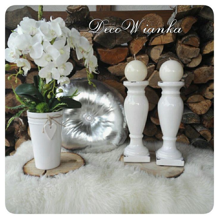 Kompozycja kwiatowa,kwiaciarnia,kwiaty,świeczniki,poduszki glamour,dekoracje,dekoracja,decor,dom,home,wystrój wnętrz