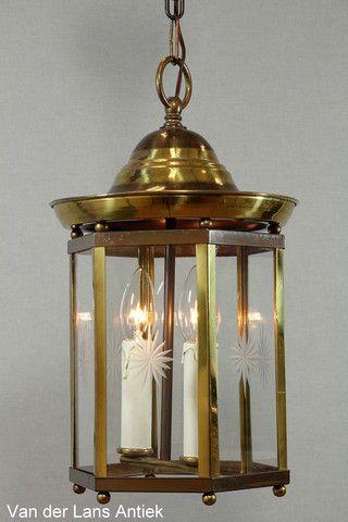 Klassieke lantaarn 26391 bij Van der Lans Antiek. Meer antieke lampen op www.lansantiek.com