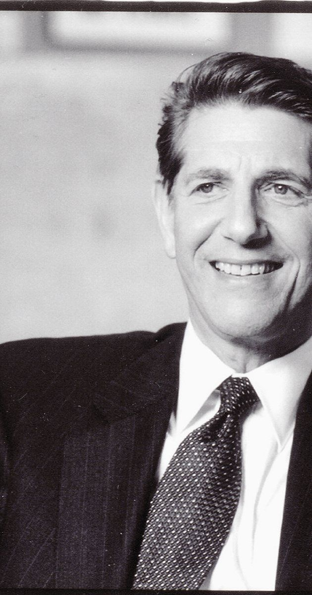 Peter Coyote, Actor: E.T. the Extra-Terrestrial. Peter Coyote was born on October 10, 1941 in Manhattan, New York City, New York, USA as Rachmil Pinchus Ben Mosha Cohon. He is an actor, known for E.T. the Extra-Terrestrial (1982), A Walk to Remember (2002) and Bitter Moon (1992). He has been married to Stefanie Pleet since 1998. He was previously married to Marilyn McCann.