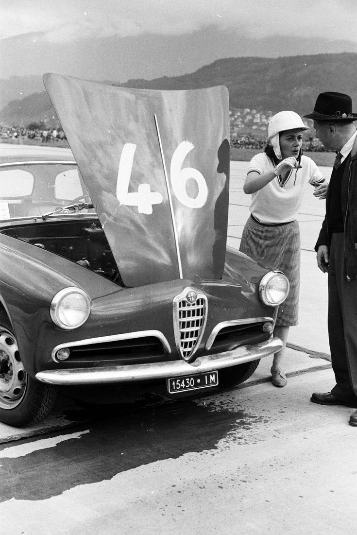 Piera bertoletti on alfa romeo giulietta sprint veloce and probably at the zeltweg airfield where they tried their best to arrange races around 1960