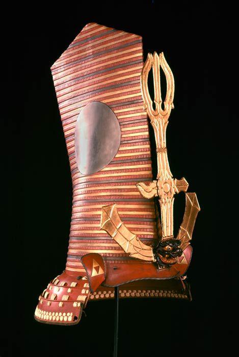 Butai Kabuto (Kabuki warrior's helmet), 19th century, Peabody Museum