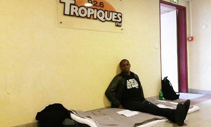 Média : Claudy Siar, le fondateur de la radio Tropiques FM, en grève de la faim - 11/05/2015 - http://www.camerpost.com/media-claudy-siar-le-fondateur-de-la-radio-tropiques-fm-en-greve-de-la-faim-11052015/?utm_source=PN&utm_medium=CAMER+POST&utm_campaign=SNAP%2Bfrom%2BCamer+Post