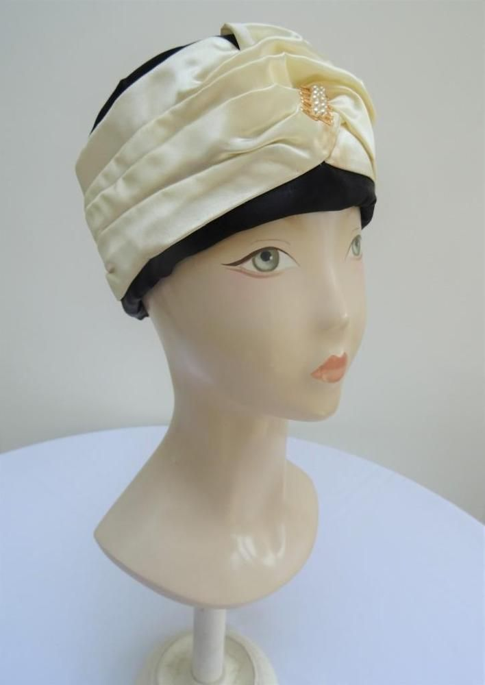8fd6643b125 Original Vintage 1960 s Pill Box Hat - Cream   Black Satin with Faux Pearls   Unbranded