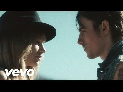 Taylor Swift - I Knew You Were Trouble - http://maxblog.com/4899/taylor-swift-i-knew-you-were-trouble/