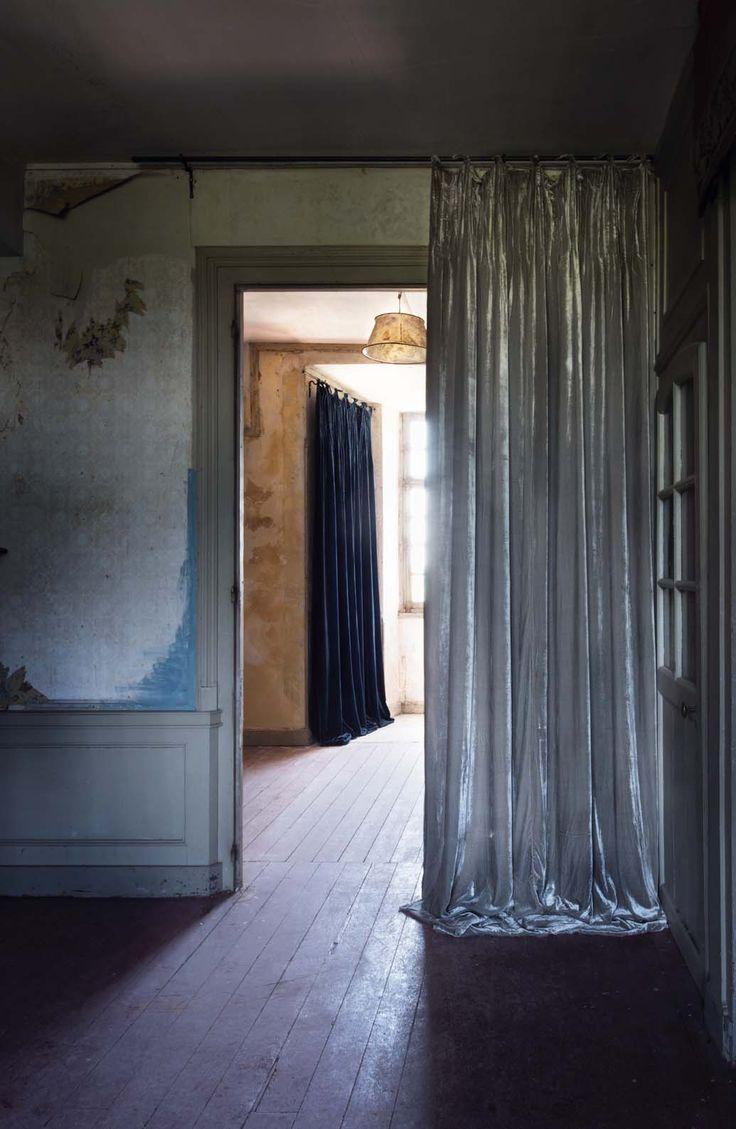 17 meilleures id es propos de rideaux en velours sur pinterest tissu vert - Le monde sauvage meubles ...