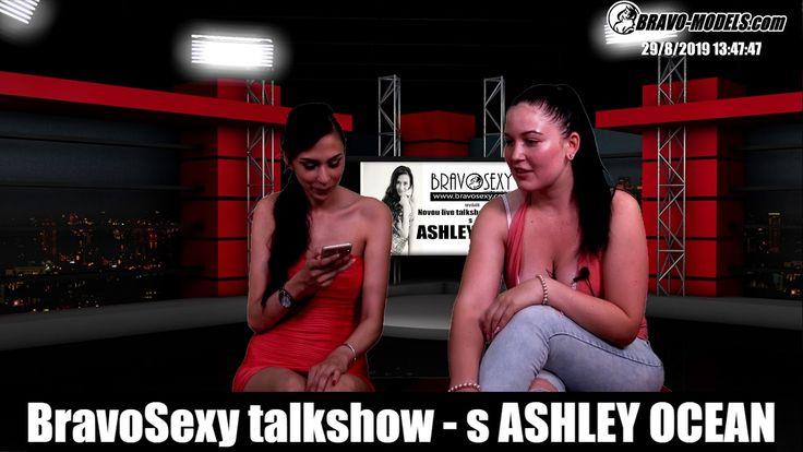 Brave Schülerin mit Brille Ashley Ocean beim kondomlosen Castingfick
