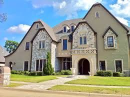 We offer world-class Real estate appraisal and Business valuation services.