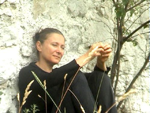 """Portar bene"" by Mariangela Gualtieri. #Theatre. VIE Scena Contemporanea Festival 2007"