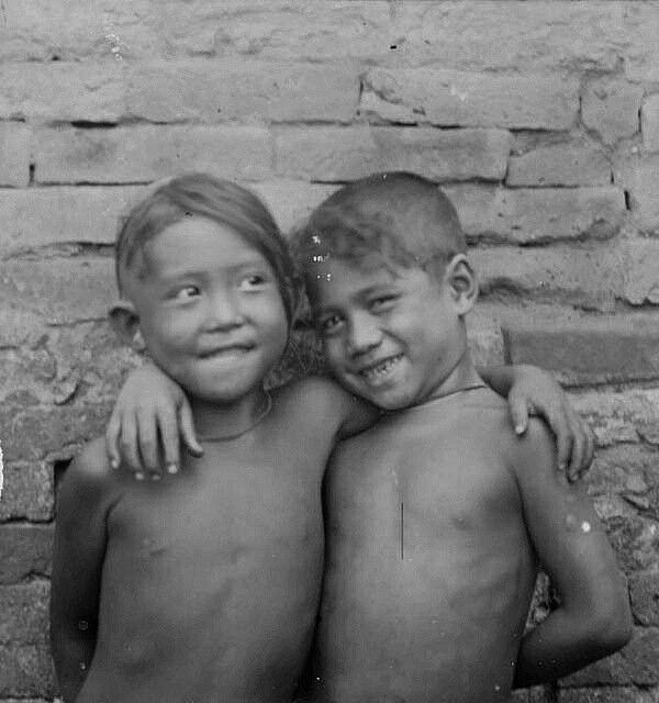 Jongens in Zuid-Bali. 1910