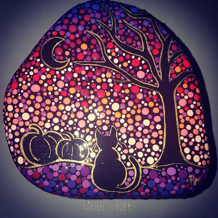 "58 Likes, 1 Comments - Rachel Mitchell (Dooley) (@rachelsrocks11) on Instagram: ""#rachelsrocks #paintedstones #paintedrocks #rockart #ilovecolour #paint #halloween2017 #blackcat…"""