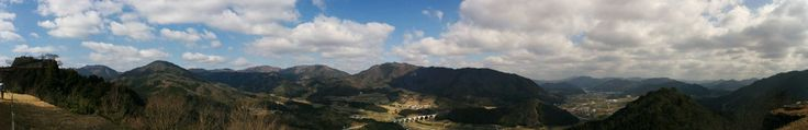 [OC] The view from Takeda Castle [3110 x 505]