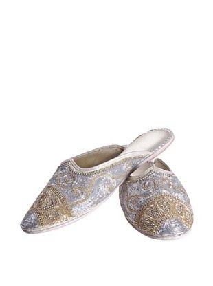 56% OFF Uptown Down Karma Princess Slipper (Silver/Gold)