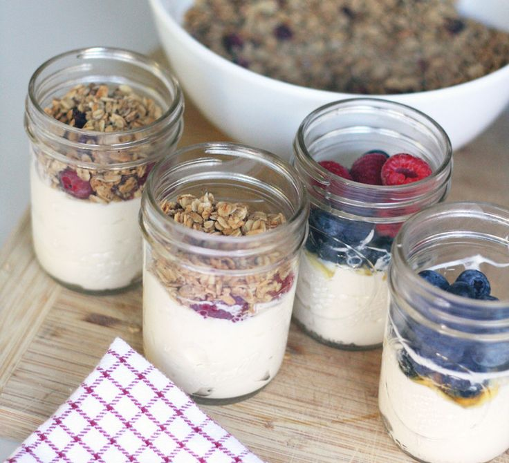 20 Healthy Breakfast Recipes You Can Take to Work and Eat at Your Desk