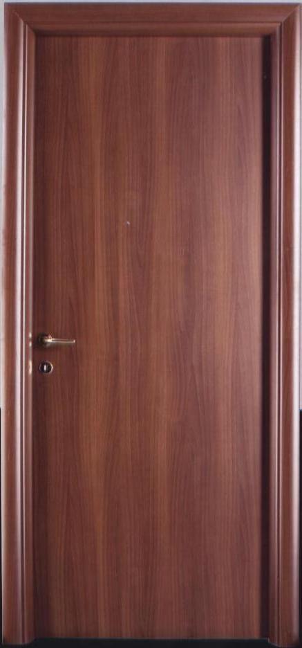 Porta tamburata in laminato color noce nazionale, bombata. porte Piacenza Lodi