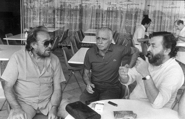 Ugo Tognazzi, Mario Monicelli e Pupi Avati a Rio De Janeiro, in Brasile, in una foto non datata (AP Photo/Altamira Nunez) #personaggi #cinema #storia