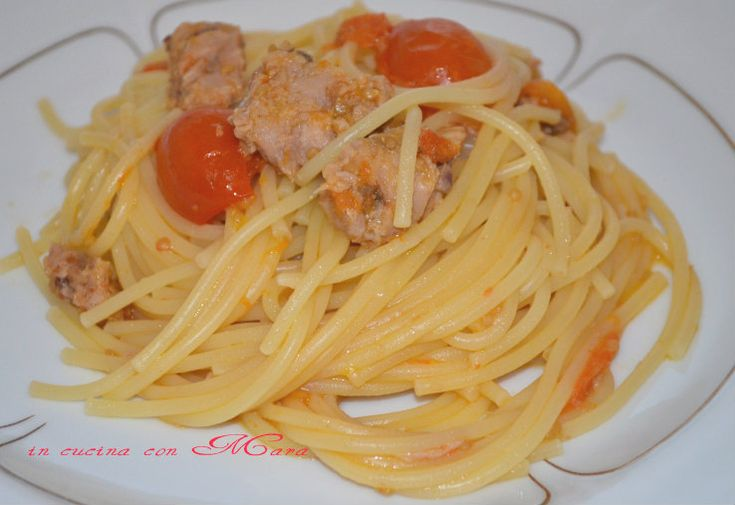Vermicelli tonno e pomodorini, ricetta primo piatto
