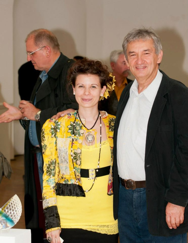 Me and my master at the exhibiton opening <3