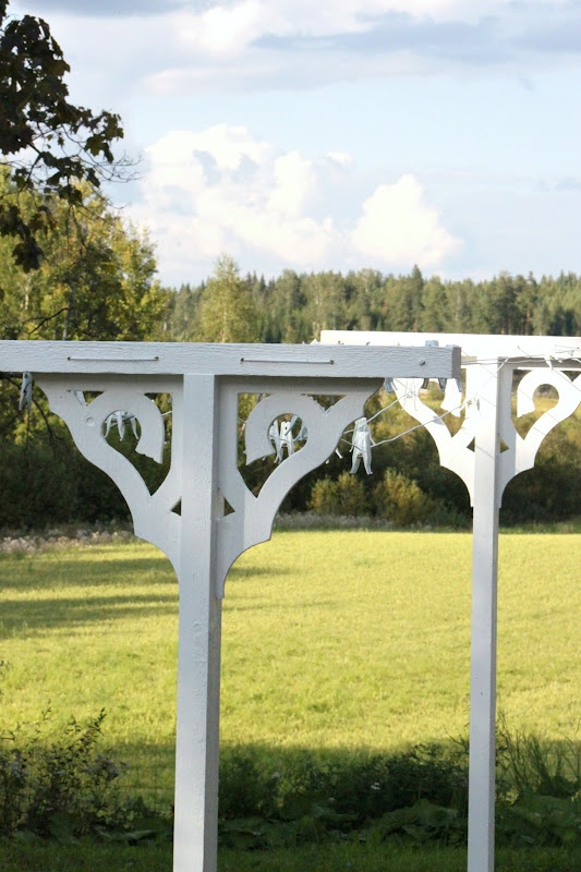 Foreign site, but this is a super cute idea for a clothes line!