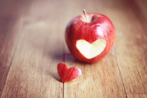 (heart) -- EPIC! [Click image to view more]Wall Art, Food, Art Prints, Fine Art Photography, Red Apples, Sunday Brunches, Cut Out, Apples Heart, Heart Apples
