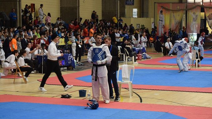 Gabriel Amado comienza su semana en el C.A.R. Infanta Cristina de Murcia, bajo las órdenes de Rafael Alcázar, entrenador y seleccionador de la Real Federación Española de Taekwondo y Para-Taekwondo.