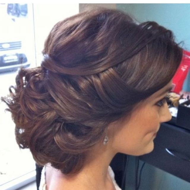 @Kaylee Score Blum I'm thinking something like this with your dress... what do you think?