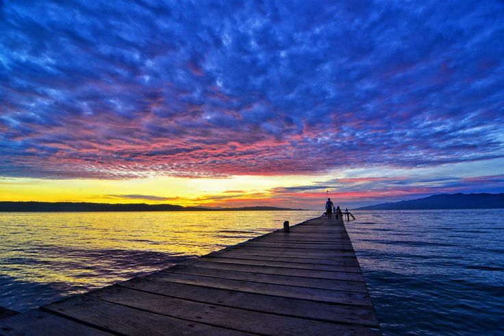 Sunset at ihamahu, Saparua