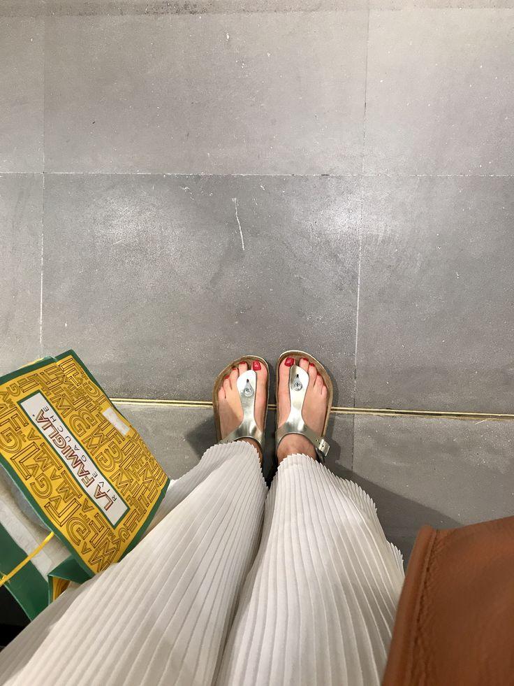 Shopping . Bon Marché . Paris .