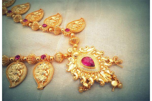 Maharashtrian Necklace Thushi - Paayas From Aionios Creations