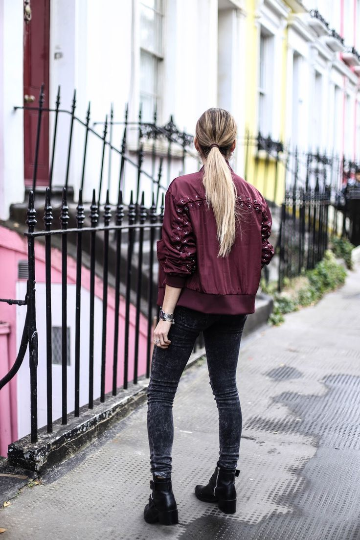 NOTHING HILL @marieandmood   Bombers* : Nakd (taille M parfait) - Jeans : Cimarron (vieux) - Tee-shirt : Pull and Bear - Boots : Mango (ancienne co) - Ras le cou : Asos - Montre* : Casio