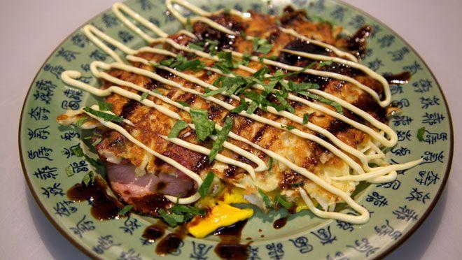 Okonomiyaki (Japanse pizza, Japanse pannenkoek) - recept | 24Kitchen