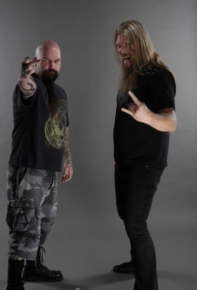 Johan Hegg ( Amon Amarth ) with Kerry King ( Slayer )