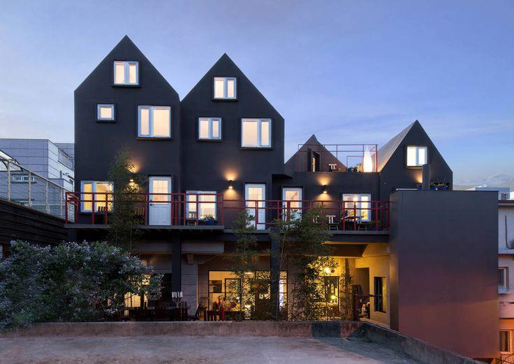 노출콘크리트, 에폭시바닥, 인더스트리얼 스타일, 게스트하우스, 검은집, 공용공간, 화이트 인테리어, 자연주의…