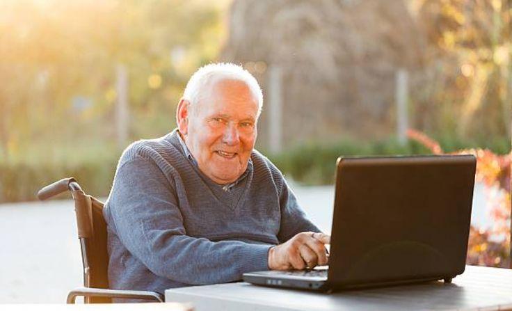Ingyen Laptop és ingyen Internet a 65 év felettieknek