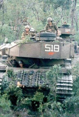 Olifant tank Ops Hooper.