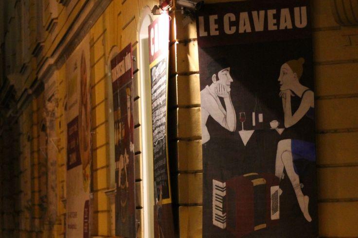 Le Caveau nám. Jiřího z Poděbrad