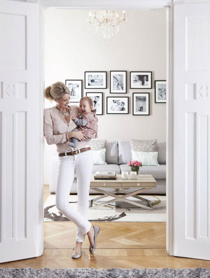 Flügeltüren, Fischgrätparkett und pure Eleganz sind im Münchner Altbau zu finden. Und eine vierköpfige Familie, die die Wohnung mit Liebe und Leben erfüllt.