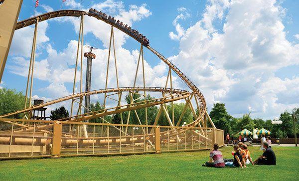 Spannende achtbaan bij Attractiepark Slagharen
