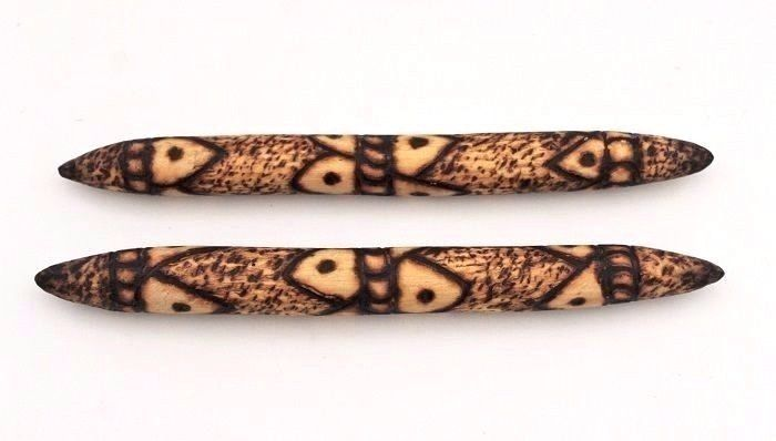 Retro Pair Of Aboriginal MESSAGE Sticks With Poker Work Stylised Theme #MESSAGESTICKS