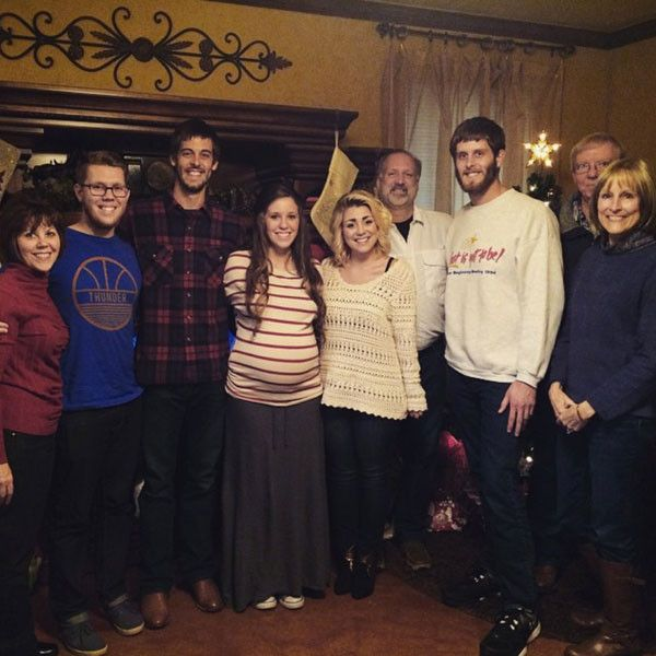 The Duggars Celebrate Christmas! See Jill Duggar's Baby Bump and Inside the Family's Special Day | E! Online Mobile