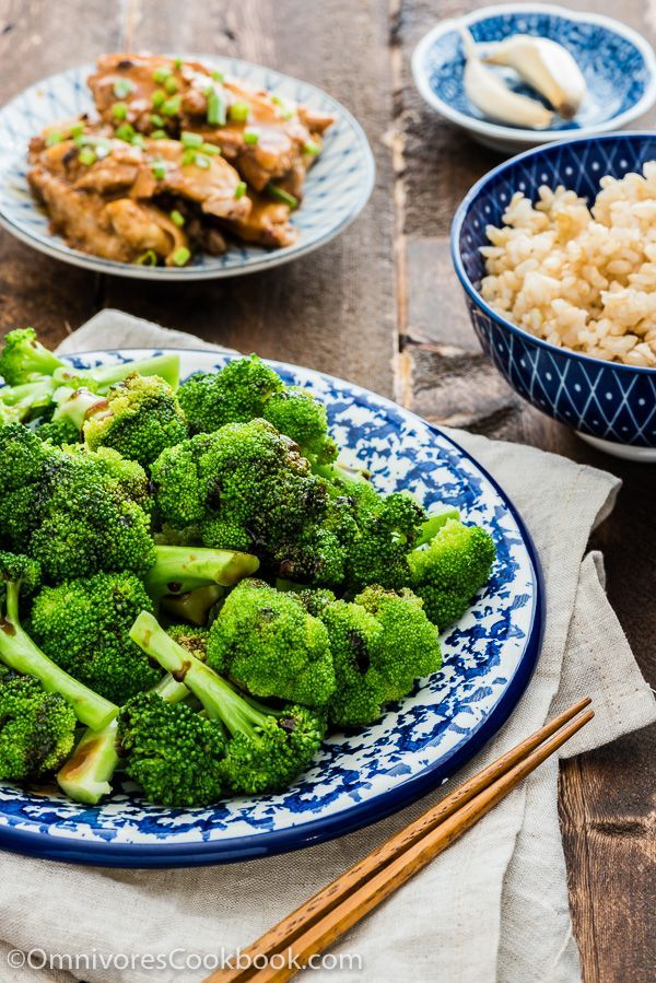 Cantonese Broccoli with Oyster Sauce | Omnivore's Cookbook