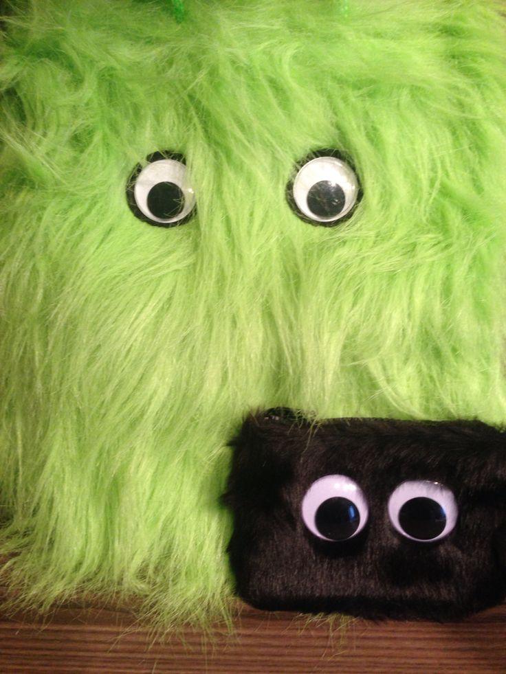 BUMBLES introduces BOBBIE!!!! www.advanceevents.co.uk