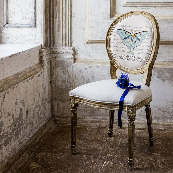 """""""Габриэль"""" - копия старинного стула в стиле Луи-Филлипа в современном исполнении. Это квинтэссенция вкуса, способного восхищать, волновать и очаровывать. Надеемся, в этой коллекции Вам также понравятся стулья """"Жозефина"""" и """"Адель"""" с другими рисунками бабочек. #мягкаямебель, #стул, #мебель, #прованс, #французскийстиль, #chair, #furniture, #frenchstyle, #provence, #objectmechty"""