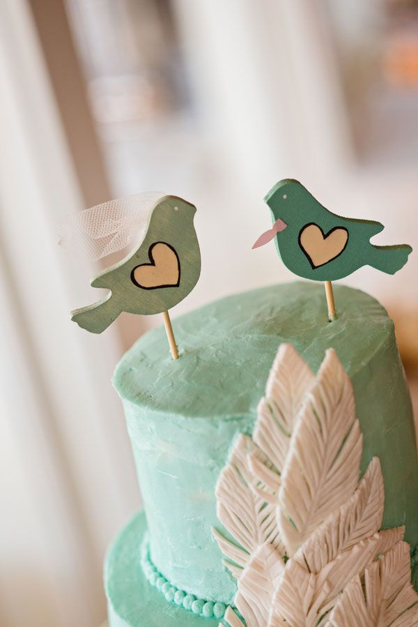 17 Best 1000 images about Wedding cake toppers on Pinterest Skewers