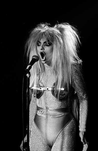 NinaHagen, London 1986 photographed by Derek Ridgers