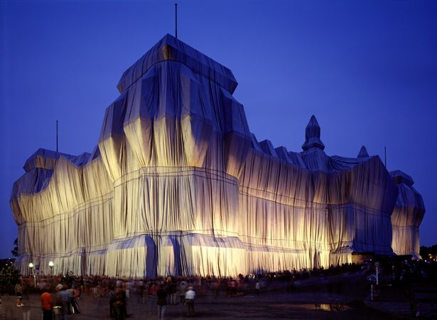 Wrapped Reichstag, Berlin, by Christo and Jeanne-Claude. GAAP trip.