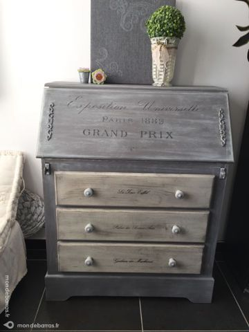 17 meilleures id es propos de bureaux de secr taire peints sur pinterest bureau de. Black Bedroom Furniture Sets. Home Design Ideas