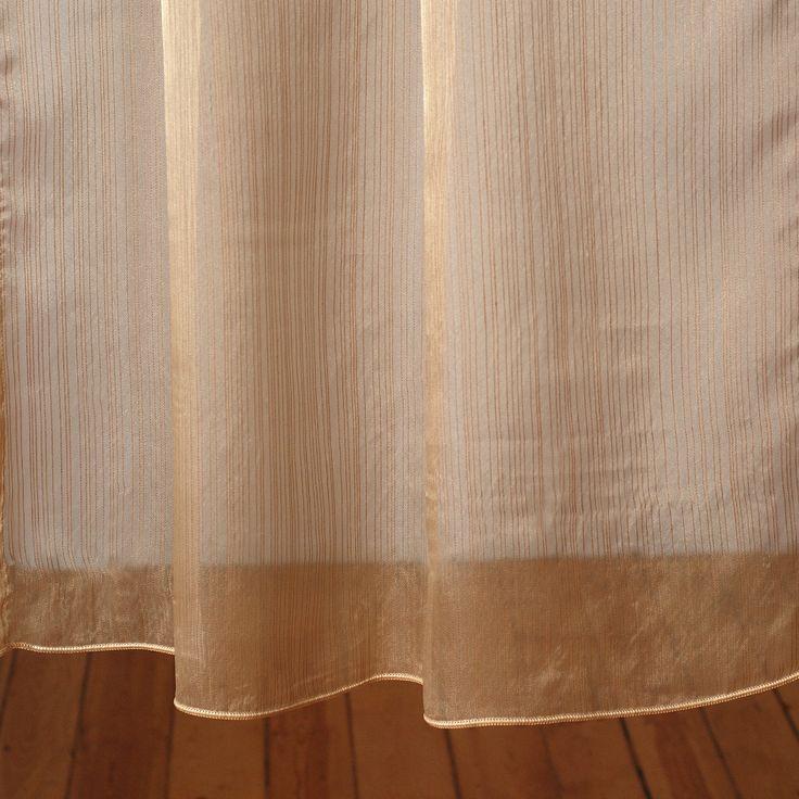 """""""Złote paseczki"""", tkanina: organza; firanka wykończona taśmą obciążającą."""